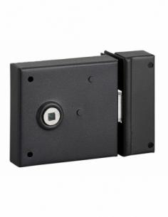 Serrure horizontale en applique à fouillot pour porte int., pêne 1/2tour seul, axe 45mm, carré 6mm, 85x76mm, noir - THIRARD S...