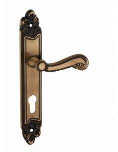 Ensemble de poignées pour porte d'entrée Louis XV trou de cylindre, carré 7mm, entr'axes 195mm, laiton vieilli - THIRARD Poignée